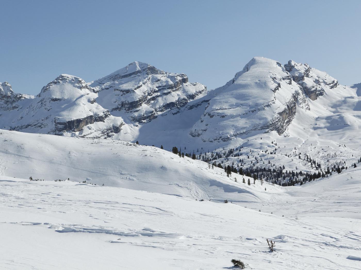 Il parco naturale rifugio alpino lavarella 2042 m san for Planimetrie di 1400 piedi quadrati